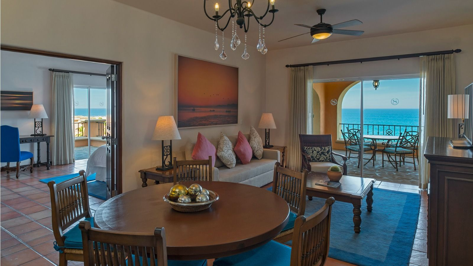 One-bedroom Suites - Sheraton Grand Los Cabos Hacienda del Mar